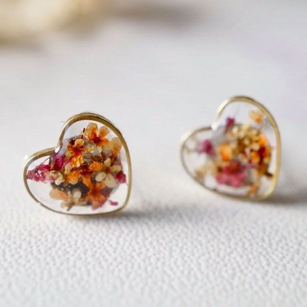 Resin Heart Stud Earrings.jpg