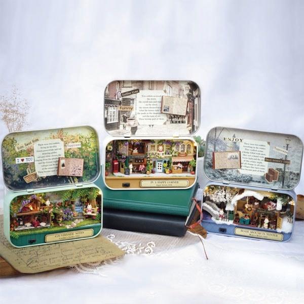 Miniature DIY Box Theatre.jpg